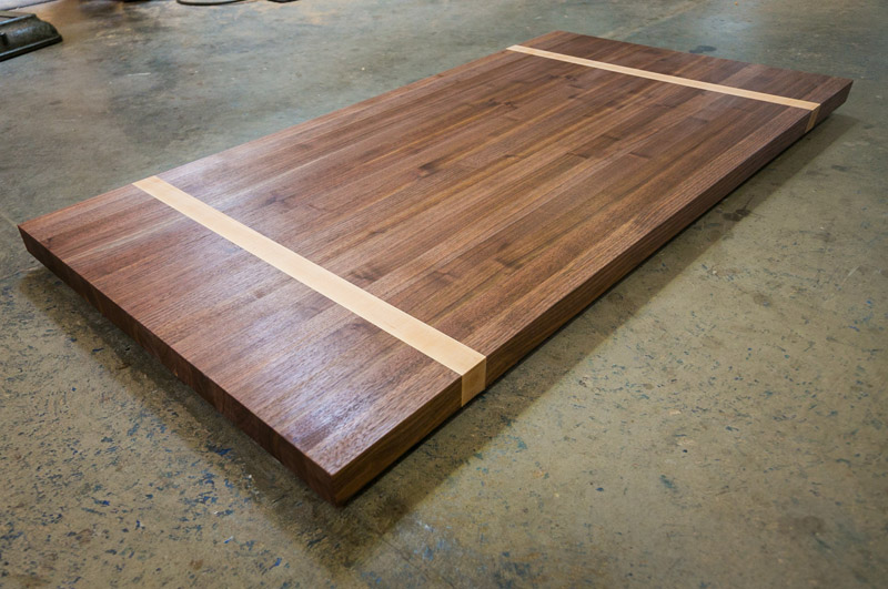 ButcherBlockCuttingBoardCounterTop01
